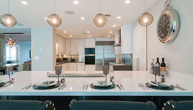 WHITE ZEUS SILESTONE KITCHEN COUNTERTOPS